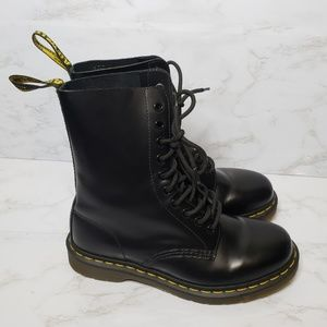 Dr. Martens 1490 10 Eye Smooth Black Boots